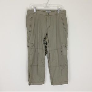 Columbia 10 Hiking Cargo Capri Pants EUC